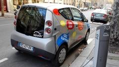 Autolib', symbole de l'auto-partage, fête cinq ans de succès