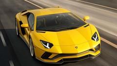 Lamborghini Aventador S : 740 ch !