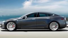 Un ministre allemand punit les constructeurs en roulant en Tesla