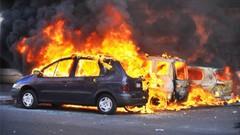 Réveillon: les voitures brûlent toujours au premier de l'an