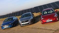 Les Toyota Prius, Hyundai Ioniq Hybrid et DS 5 Hybrid s'affrontent. Qui sera la meilleure ?