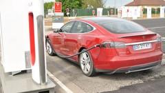 Tesla : la charge désormais payante sur les Superchargers