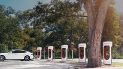 Tesla: la recharge avec les Superchargeurs devient payante