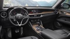 Alfa Romeo Stelvio First Edition (2017). Les commandes sont ouvertes