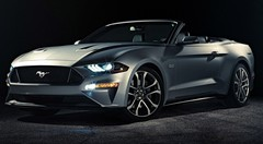 Ford Mustang restylée : voici le cabriolet