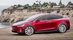 Le nouveau pilote automatique 2.0 de Tesla enfin activé