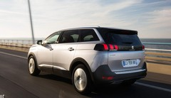 Essai nouveau Peugeot 5008 : surtout prenez-en le petit volant !