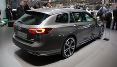 Opel Insignia Sports Tourer : gigantesque