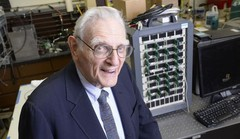 Automobile électrique : John Goodnough invente une batterie au sodium