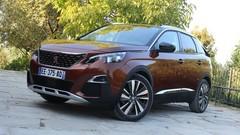 Peugeot : un 3008 hybride de 300 ch pour 2019