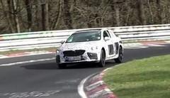 L'Opel Insignia OPC à l'attaque sur le circuit du Nürburgring