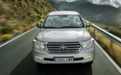 Essai Toyota Land Cruiser V8 : Rien ne l'arrête !