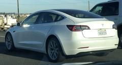 Tesla : la Model 3 en vidéo