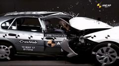 Crash-test : Toyota Corolla (1998) vs Toyota Auris (2015)