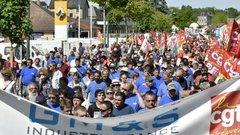 GM&S: PSA et Renault s'engagent à augmenter fortement leurs commandes
