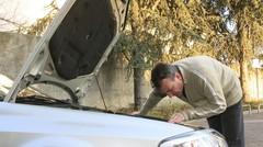 Enquête : les Français négligeraient leur voiture avant le départ en vacances