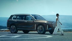 BMW X7 iPerformance : gros SUV plug-in hybride