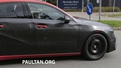 La future Mercedes Classe A en montre un peu plus