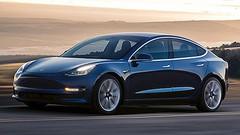 Comment Tesla mettrait une muselière à ses clients