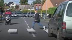 Comment faire ralentir les automobilistes ? En dessinant un passage piéton en 3D !