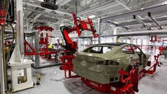 Alors qu'il accumule les retards, Tesla n'a jamais autant perdu d'argent