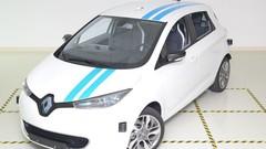 Cette Renault autonome évite la collision avec l'assurance d'un pilote professionnel
