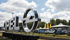 PSA veut réduire les coûts d'Opel sans fermer d'usine