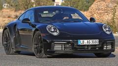La future Porsche 911 Turbo type 992 se montre aussi