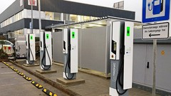 Les premières bornes de recharge 175 kW bientôt à 350 kW