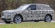 """Le SUV Rolls-Royce """"Cullinan"""" allège son camouflage"""
