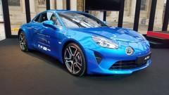 L'Alpine A110, plus belle voiture de l'année au Festival automobile