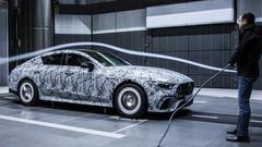 Mercedes-AMG: la berline GT se montre à nouveau