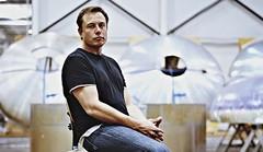 Elon Musk annonce une restructuration majeure de Tesla