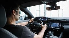 Nouvelle Peugeot 508 SW : passage dans le cockpit du break