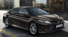 Toyota Avensis : Elle sera remplacée par la Camry hybride en 2019