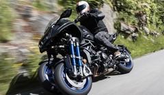 Essai Yamaha s'essaie à la moto à trois roues