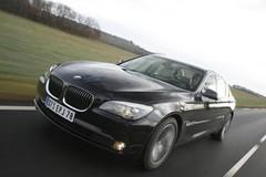 Essai BMW Série 7 750i Exclusive : Limousine ou sportive ?