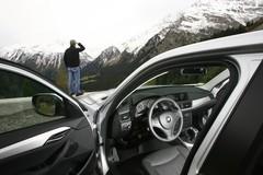 Essai BMW X1 xDrive20d contre Audi A4 Allroad 2.0 TDI 170 : Chapeau melon et bottes en caoutchouc