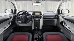 Toyota iQ et Aygo : nouveaux intérieurs