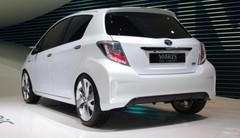 La Toyota Yaris hybride timidement dévoilée par un concept-car