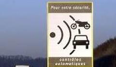 Interdiction des avertisseurs radar, les députés UMP exigent un assouplissement