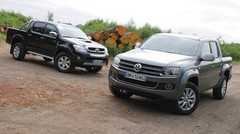 Essai Volkswagen Amarok 2.0 BiTDI 163 ch vs Toyota Hilux 3.0 D-4D 171 ch : Bennes de jour