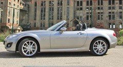 Essai Mazda MX-5 Roadster Coupé 2.0 MZR 160 ch BVA Performance Pack