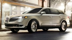 Lincoln MKT restylé