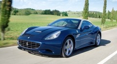"""Nouvelle puissante et légère Ferrari California """"Handling Speciale"""""""