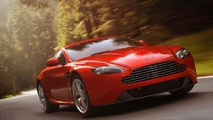 Aston Martin V8 Vantage : Ticket d'entrée révisé