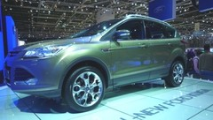 Ford Kuga II, plus grand et plus technologique