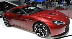 Aston-Martin V12 Vantage Zagato : la dévergondée de la famille