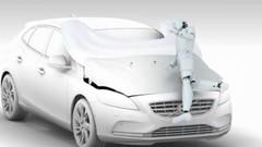 Volvo V40 : un airbag pour piéton !