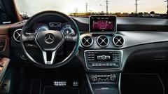 Les premières photos de la Mercedes CLA ?